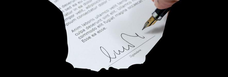"""תמונת נושא עבור: שאלה: חברת הביטוח מחייבת לחתום על """"כתב ויתור ושחרור"""" כדי לקבל את הפיצויים, מה זה """"כתב ויתור שחרור""""? האם חובה לחתום?"""